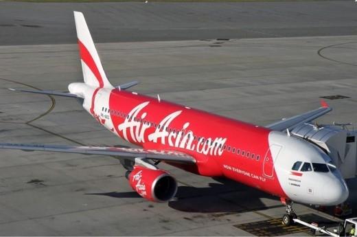 Trong sự cố ngày 28/12, một máy bay Airbus A320-200 của AirAsia biến mất khi thực hiện lộ trình từ Indonesia tới Singapore. Chuyến bay QZ8501 mất tích có hơn 23.000 giờ bay. Mẫu phi cơ này có khả năng chở tối đa 180 hành khách nếu chỉ được trang bị hạng ghế phổ thông. Máy bay AirAsia biến mất cùng 162 hành khách và thành viên phi hành đoàn. Ảnh: AirAsia