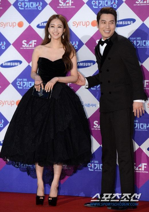 Han Ye Seulvà Joo Sang Wook