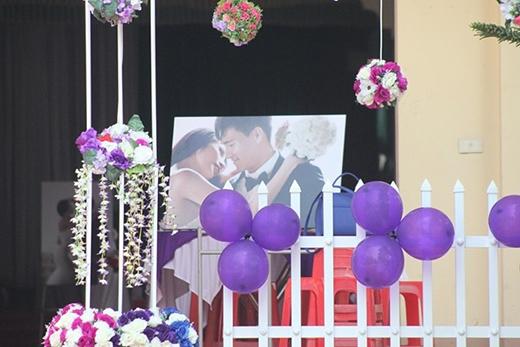Những khâu chuẩn bị cuối cùng đã được hoàn tất vào buổi sáng ngày 1/1 để hôn lễ diễn ra vào buổi chiều. - Tin sao Viet - Tin tuc sao Viet - Scandal sao Viet - Tin tuc cua Sao - Tin cua Sao