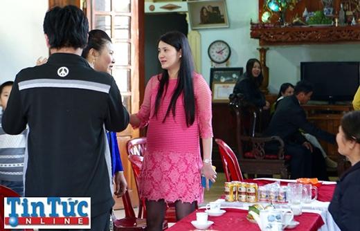 Công Vinh đã về nhà, Thủy Tiên đi make-up chuẩn bị cho hôn lễ - Tin sao Viet - Tin tuc sao Viet - Scandal sao Viet - Tin tuc cua Sao - Tin cua Sao
