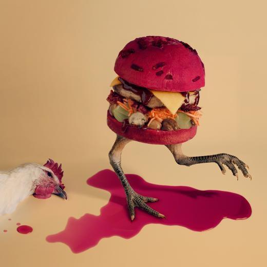 Burger Gà hầm rượu vang