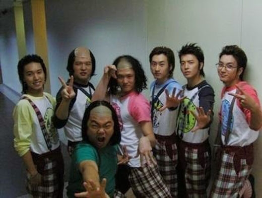 Super Junior hóa trang thành Mabbak (2007)