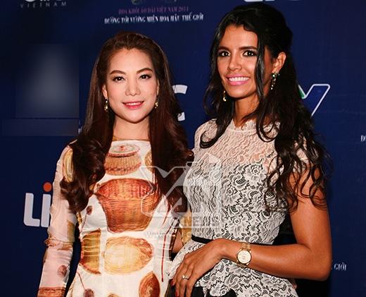 Trương Ngọc Ánh đẹp mặn mà bên cạnh Hoa hậu thế giới - Tin sao Viet - Tin tuc sao Viet - Scandal sao Viet - Tin tuc cua Sao - Tin cua Sao