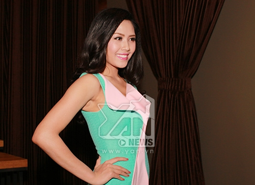 Top 25Hoa hậu Thế giới 2014Nguyễn Thị Loan cũng có mặt tham gia buổi họp báo. - Tin sao Viet - Tin tuc sao Viet - Scandal sao Viet - Tin tuc cua Sao - Tin cua Sao