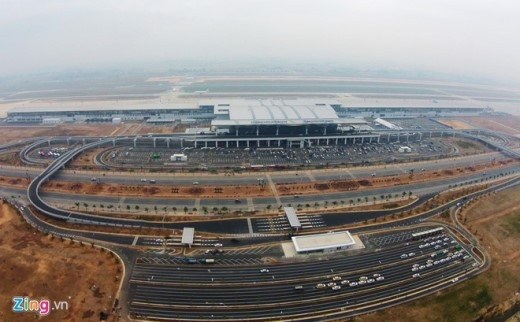 Theo công suất thiết kế, mỗi năm nhà ga T2 sẽ phục vụ khoảng 10 triệu lượt khách tính đến năm 2020 và 15 triệu lượt khách tính đến năm 2030.