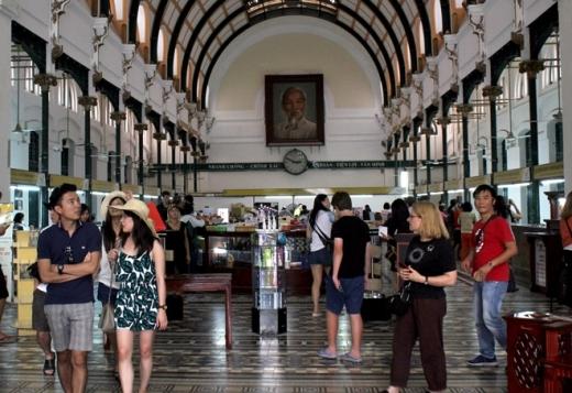 Bất ngờ với diện mạo mới của tòa nhà 130 tuổi ở Sài Gòn