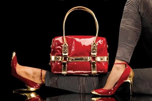 Những món đồ thời trang đơn giản nên có trong tủ đồ của bạn