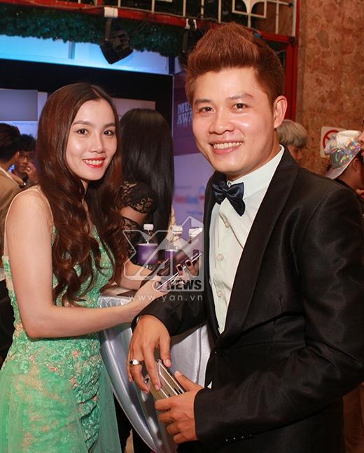 Vợ chồng nhạc sĩ Nguyễn Văn Chung - Tin sao Viet - Tin tuc sao Viet - Scandal sao Viet - Tin tuc cua Sao - Tin cua Sao