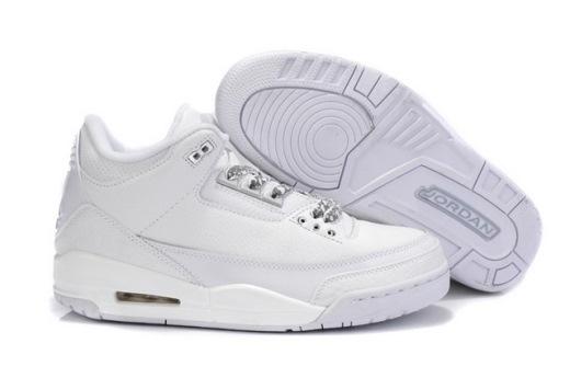 3 kiểu giày bạn nhất định phải có trong năm 2015