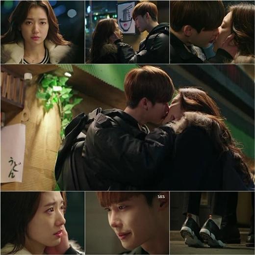 Lee Jong Suk đau lòng nhìn vết thương của Park Shin Hye