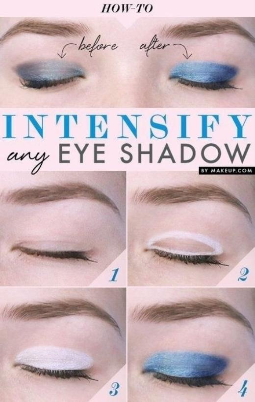 Lớp nhũ trắng làm nền sẽ giúp màu mắt lên tươi tắn và bám dai hơn rất nhiều.