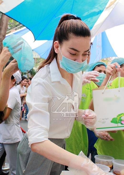 Hồ Ngọc Hà hăng hái hoạt động từ thiện vì bệnh nhân nghèo - Tin sao Viet - Tin tuc sao Viet - Scandal sao Viet - Tin tuc cua Sao - Tin cua Sao