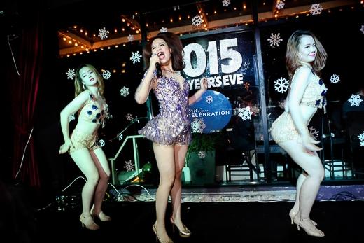 """Hoàng Thùy Linh """"đọ"""" vũ đạo cùng Hồ Ngọc Hà - Tin sao Viet - Tin tuc sao Viet - Scandal sao Viet - Tin tuc cua Sao - Tin cua Sao"""