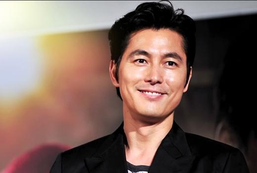 Rộ tin đồn Jung Woo Sung yêu gái trẻ hơn 10 tuổi