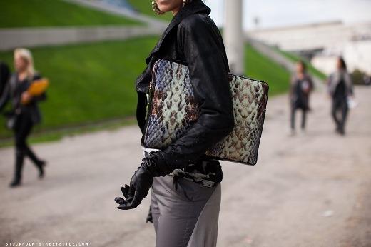 Những mẹo tuyệt hay để bảo quản túi xách của bạn