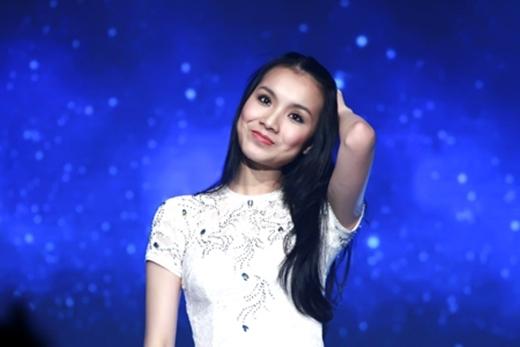 Top 5 chân dài hát đình đám của showbiz Việt - Tin sao Viet - Tin tuc sao Viet - Scandal sao Viet - Tin tuc cua Sao - Tin cua Sao