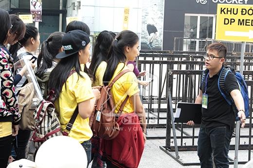 Fans Quốc tế giận dữ vì Ji Yeon bị giật tóc