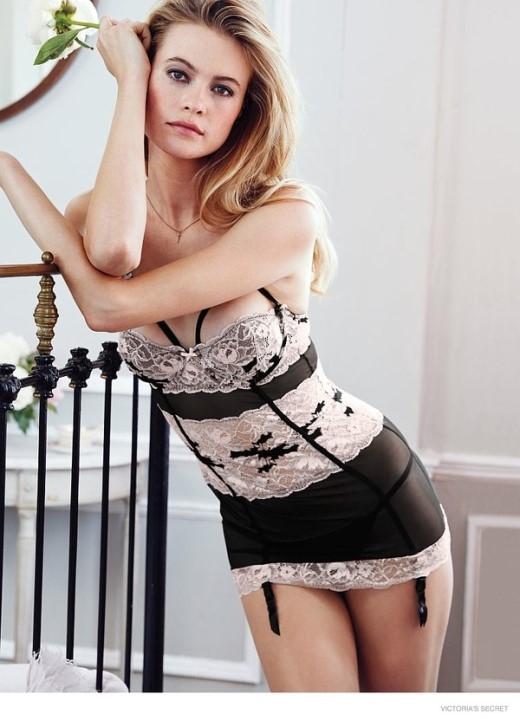 Cập nhật xu hướng đồ lót xuân hè 2015 của Victoria's Secret
