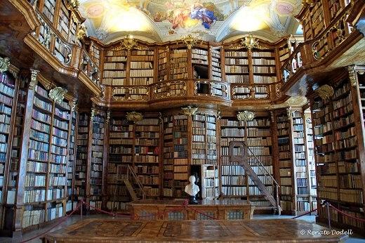 Thư viện St. Florian Monastery ở Áo