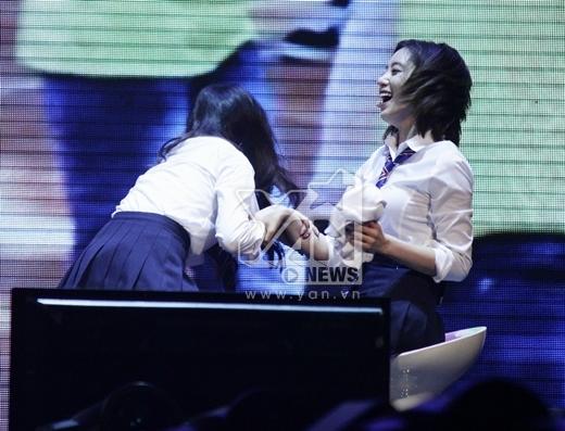 T-ara và những hành động khiến fan phát cuồng