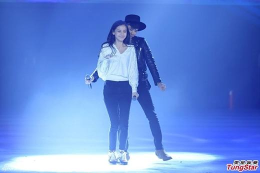 Một số hình ảnh đáng yêu của G-Dragon và Angelababy trong chương trình đặc biệt của Running Man tại Thượng Hải