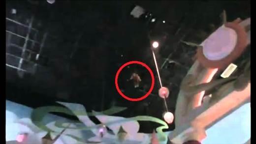 8 bí mật đáng sợ của Disneyland rất ít người được biết