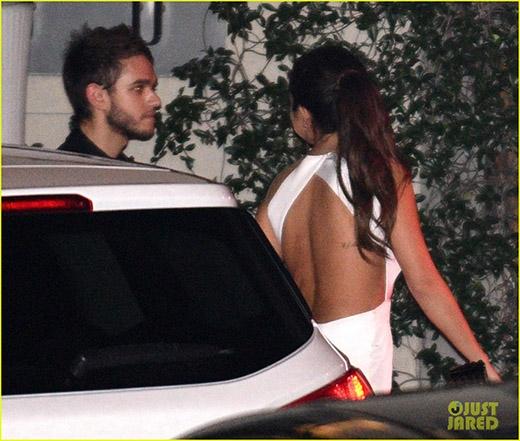 Justin Bieber khóc lóc vì tin đồn Selena Gomez có người mới