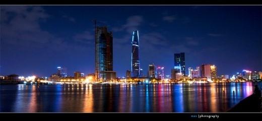 Ngoài danh xưng tòa nhà cao nhất Sài Gòn, nơi đây còn được biết đến với Skydeck và sân bay trực thăng đầu tiên của Sài Gòn. Ảnh: vnphoto