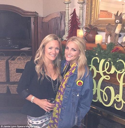 Em gái Britney Spears cầm dao tham gia ẩu đả