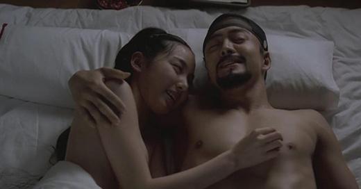 Cảnh quay nóng bỏng cùng Bae Yong Jun là một trong những dấn ẩn để đời của Jeon Do Yeon