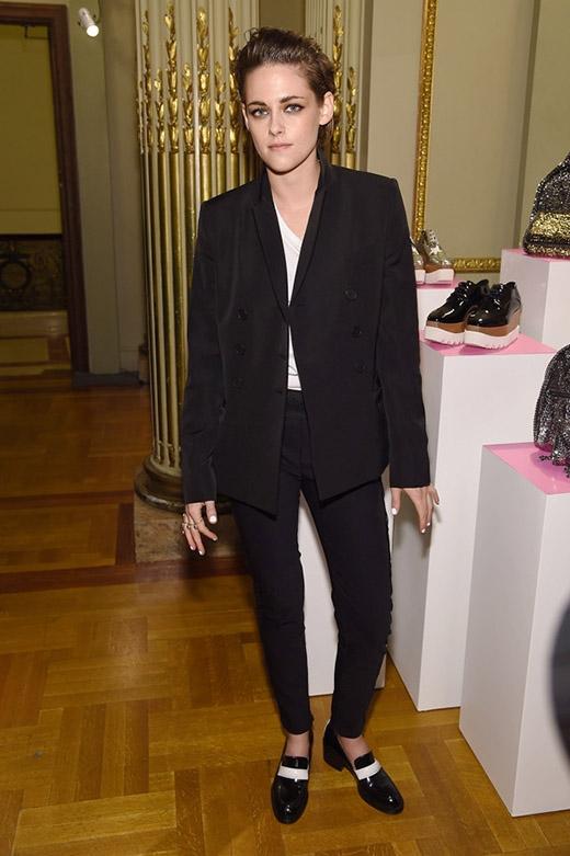 Kristen Stewart chọc tức người yêu đồng tính