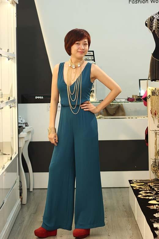 Những bộ váy áo mà trước đây, nữ khán giả không nghĩ rằng nó sẽ có thể phối hợp hài hòa với mái tóc của mình.