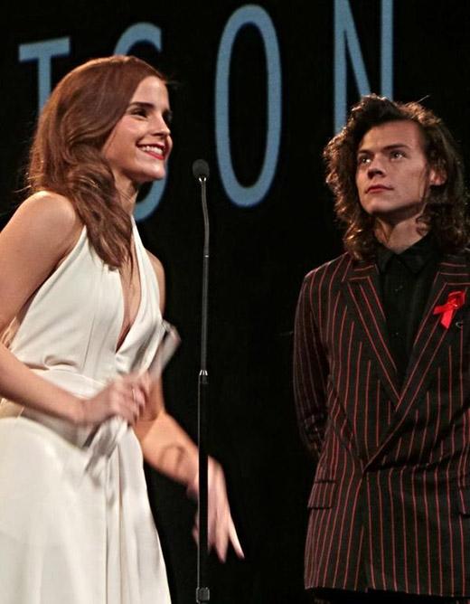 Emma Watson và Harry Styles đang bí mật hẹn hò ?