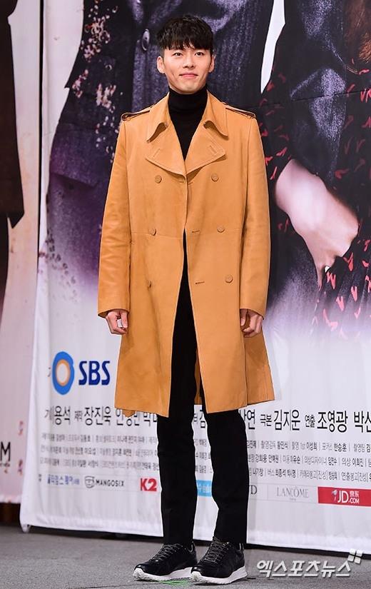 """Hyun Bin nói về vai diễn tái xuất sau 4 năm """"ở ẩn"""""""