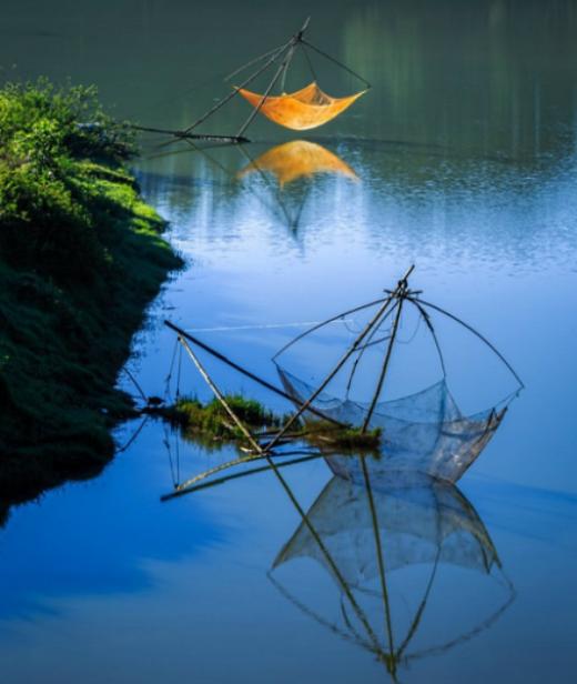 Hồ Tuyền Lâm với dáng vẻ bình yên - Ảnh: VyVy