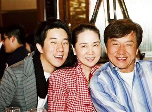 Gia đình Thành Long