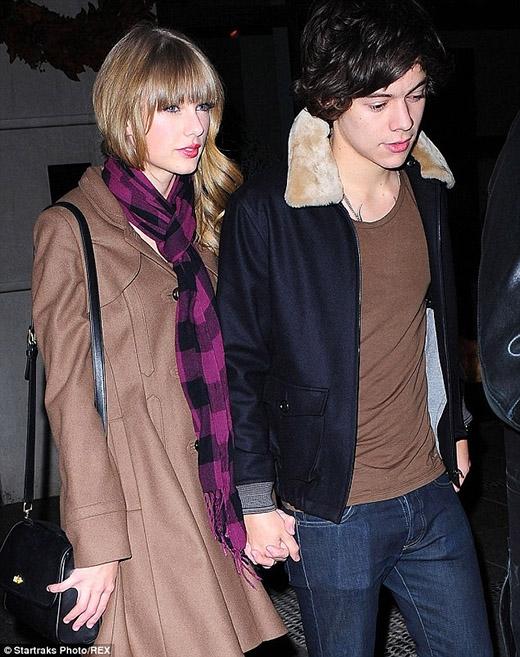 Taylor và Harry lúc còn mặn nồng