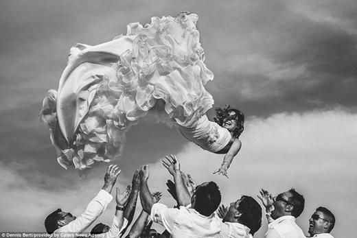 """""""Khoảnh khắc quyết định"""", Dennis Berti, Cabo San Lucas, Mexico"""