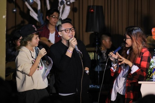 Xuân Lân - Người bạn thân thiết cũng như khách mời trong buổi offline của Vicky Nhung