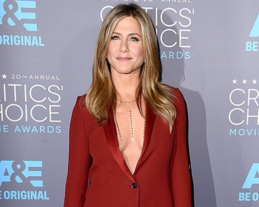 Jennifer Aniston nói mối thù với Angelina Jolie là quá cũ, quá nhàm chán