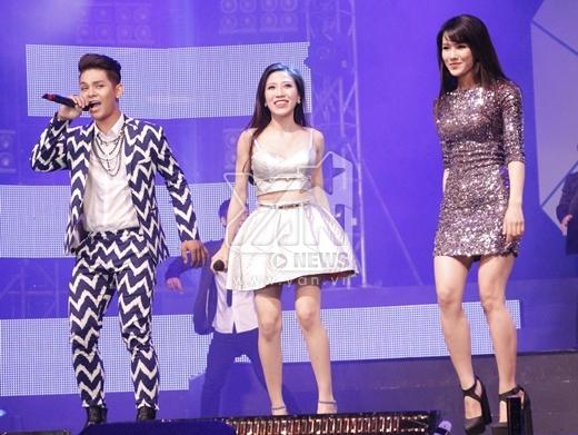 Minh Hằng nhận giải Ca sĩ cống hiến trong giải thưởng YAN Vpop 20 - Tin sao Viet - Tin tuc sao Viet - Scandal sao Viet - Tin tuc cua Sao - Tin cua Sao