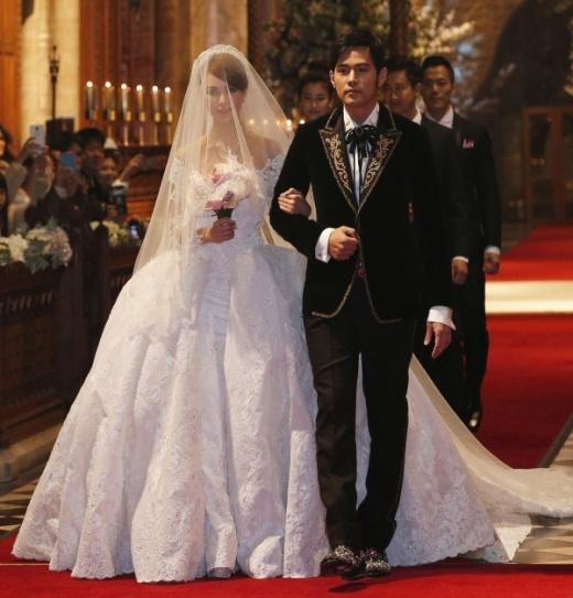 Những hình ảnh long lanh đầu tiên trong đám cưới Châu Kiệt Luân