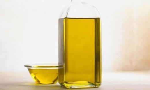11 công dụng tuyệt vời mà bạn chưa biết về dầu thầu dầu
