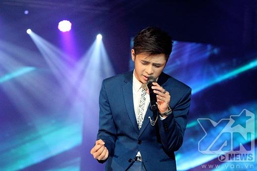 Gin Tuấn Kiệt lần đầu khoe giọng hát trên sân khấu lớn - Tin sao Viet - Tin tuc sao Viet - Scandal sao Viet - Tin tuc cua Sao - Tin cua Sao