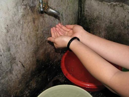 Nhiều quận ở Sài Gòn bị cúp nước trong 7 giờ