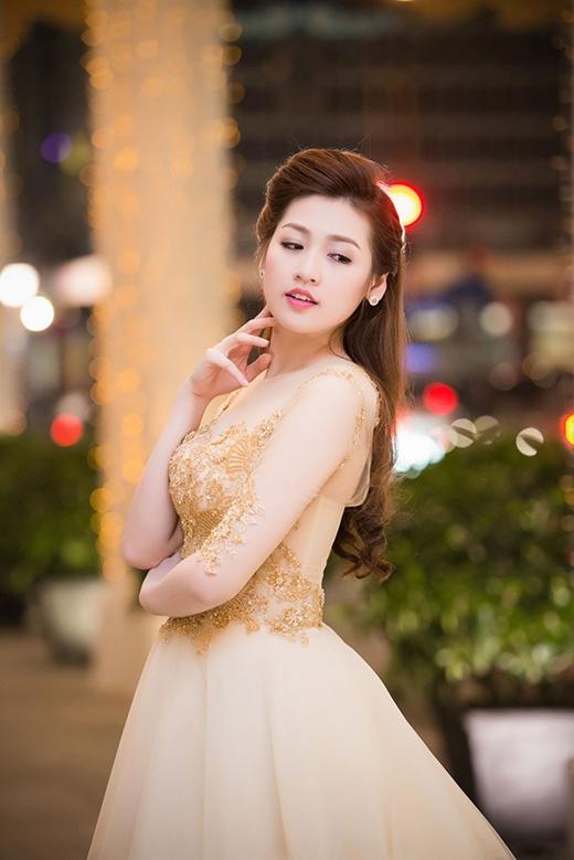 Á hậu Tú Anh lộng lẫy, xinh như công chúa - Tin sao Viet - Tin tuc sao Viet - Scandal sao Viet - Tin tuc cua Sao - Tin cua Sao