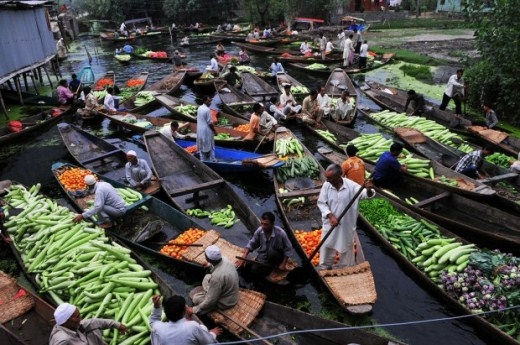 Những khu chợ nổi nhộn nhịp nhất thế giới