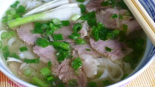 """Hà Nội đứng đầu trong top 10  """"thiên đường ăn uống"""" phải đến trước khi... giảm cân"""
