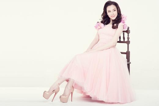Hồ Quỳnh Hương tái xuất xinh như công chúa - Tin sao Viet - Tin tuc sao Viet - Scandal sao Viet - Tin tuc cua Sao - Tin cua Sao