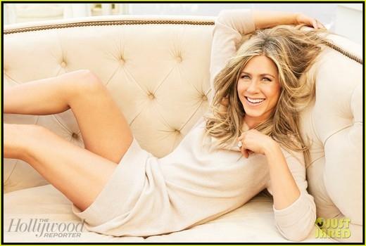Jennifer Aniston không thông minh là do hội chứng khó đọc